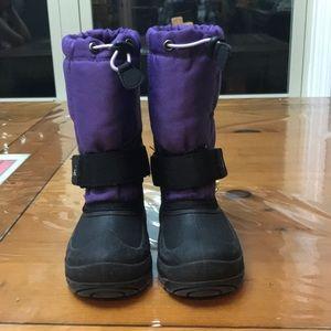 Little kid Kamik snow boots